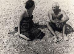 Ida Pozner et Pablo Picasso, Collioure, 1954.